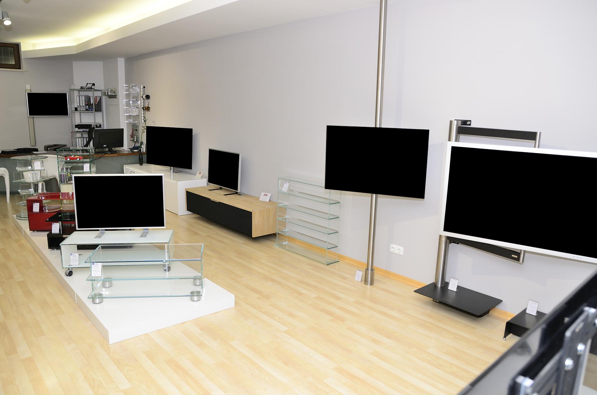 tv und hifi m bel studio showroom in m nchen maxvorstadt. Black Bedroom Furniture Sets. Home Design Ideas